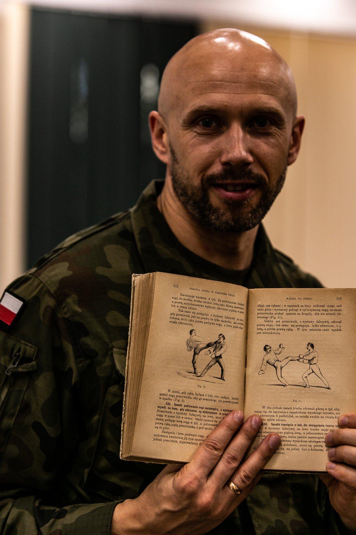 Projekt Wojownik Paweł Worobiej WORO Manwith Passion